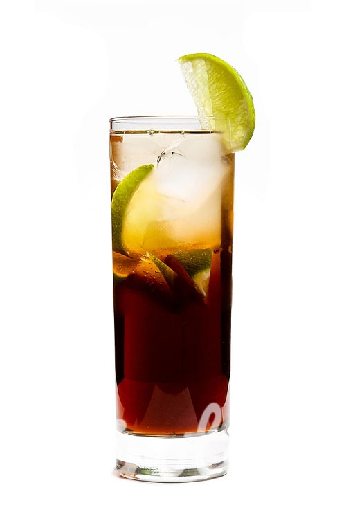 Cuba libre Cocktail : Recipe, instructions and reviews ...
